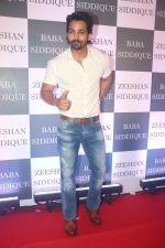 Harshvardhan Rane at Baba Siddiqui iftaar party in Taj Lands End bandra on 2nd June 2019 (161)_5cf4ccc1b39bc.JPG