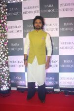 Jacky Bhagnani at Baba Siddiqui iftaar party in Taj Lands End bandra on 2nd June 2019 (111)_5cf4cce22777f.JPG