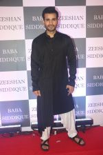 Karan Tacker at Baba Siddiqui iftaar party in Taj Lands End bandra on 2nd June 2019 (181)_5cf4ccf5b639f.JPG