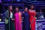 Aruna Irani, Bindu, Shilpa Shetty on the sets of Super Dancer Chapter 3 in filmcity on 3rd June 2019