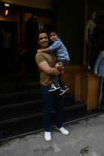Tusshar Kapoor at the Birthday celebration of Tusshar Kapoor_s son Lakshya at bandra on 1st June 2019 (35)_5cf6150b2dfca.JPG