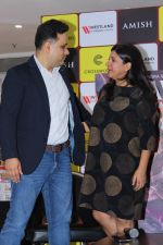 Zoya Akhtar Unveil The Book Of Author Amish Tripathi Raavan Enemy Of Aryavarta on 3rd June 2019 (15)_5cf62b8b08097.jpg