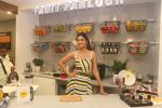 Shilpa Shetty celebrates the 100 episodes of Cook Along at Big Bazaar in worli on 6th June 2019 (11)_5cfa09b6455a7.JPG