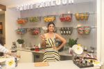 Shilpa Shetty celebrates the 100 episodes of Cook Along at Big Bazaar in worli on 6th June 2019 (14)_5cfa09bf4e5aa.JPG