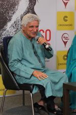 Javed Akhtar At The Launch Of Author Sonal Sonkavde 2nd Book _SO WHAT_ on 10th June 2019 (15)_5d024055c6793.jpg