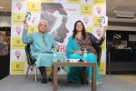 Javed Akhtar At The Launch Of Author Sonal Sonkavde 2nd Book _SO WHAT_ on 10th June 2019 (24)_5d0240652e4e5.jpg