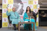 Javed Akhtar At The Launch Of Author Sonal Sonkavde 2nd Book _SO WHAT_ on 10th June 2019 (26)_5d0240687dc3a.jpg