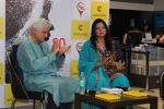 Javed Akhtar At The Launch Of Author Sonal Sonkavde 2nd Book _SO WHAT_ on 10th June 2019 (42)_5d02407e57645.jpg