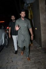 Randeep Hooda at Raza Beig_s Eid party at his juhu residence on 7th June 2019 (66)_5d023526cac06.JPG