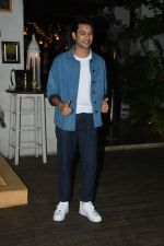 Rohit Saraf at the wrapup party of film Sky is Pink at olive in bandra on 12th June 2019 (43)_5d025c79e52bb.JPG