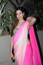 Sonnalli Seygall at Raza Beig_s Eid party at his juhu residence on 7th June 2019 (47)_5d0235a21ef04.JPG