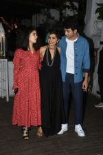Zaira Wasim, Rohit Saraf at the wrapup party of film Sky is Pink at olive in bandra on 12th June 2019 (74)_5d025c85e4afb.JPG