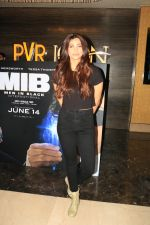 Daisy Shah at the Screening of Men in Black International in juhu on 13th June 2019 (22)_5d0357feab664.JPG