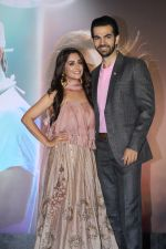 Dipika Kakar, Karan Grover at the launch of TV Series Kahaan Hum Kahaan Tum on 13th June 2019 (94)_5d034e1571fee.jpg