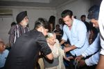 Salman Khan meet the families who had experienced partition at Mehboob Studio in bandra on 13th June 2019 (179)_5d034f148a0b1.JPG