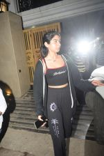 Khushi Kapoor spotted at juhu on 17th June 2019 (2)_5d0894046b3dc.JPG