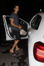 Ishaan Khattar spotted at Myrah spa in juhu on 18th June 2019 (2)_5d09d7d3b7e2c.JPG