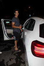 Ishaan Khattar spotted at Myrah spa in juhu on 18th June 2019 (8)_5d09d7ea9fab2.JPG