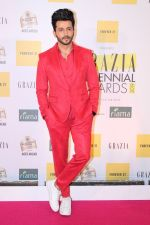 Dheeraj Dhoopar at the Red Carpet of 1st Edition of Grazia Millennial Awards on 19th June 2019 (31)_5d0b32a644f6e.jpg