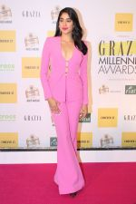 Janhvi Kapoor at the Red Carpet of 1st Edition of Grazia Millennial Awards on 19th June 2019 on 19th June 2019  (49)_5d0b32e82d06a.jpg