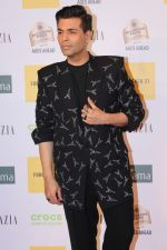 Karan Johar at the Red Carpet of 1st Edition of Grazia Millennial Awards on 19th June 2019 (17)_5d0b330401dbd.jpg