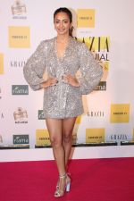 Kriti Kharbanda at the Red Carpet of 1st Edition of Grazia Millennial Awards on 19th June 2019 on 19th June 2019  (143)_5d0b335240449.jpg