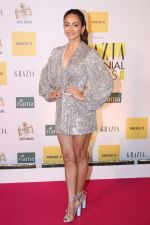 Kriti Kharbanda at the Red Carpet of 1st Edition of Grazia Millennial Awards on 19th June 2019 on 19th June 2019  (144)_5d0b3356440ea.jpg