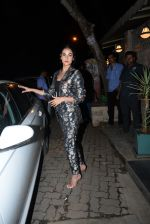 Sonal Chauhan spotted at Bayroute in juhu on 19th June 2019 (4)_5d0b2fcf42fa7.JPG