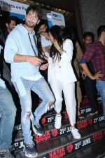 Kiara Advani,Shahid Kapoor at Kabir Singh screening in pvr icon, andheri on 20th June 2019 (94)_5d0c90ae8fea1.jpg