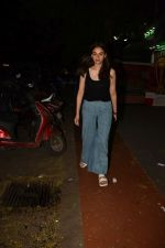 Aditi Rao Hydari spotted at bandra on 21st June 2019 (6)_5d0de64b9075b.JPG