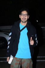 Ayan Mukherjee spotted at pvr juhu on 21st June 2019 (14)_5d0de6b930bf0.JPG