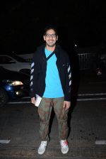 Ayan Mukherjee spotted at pvr juhu on 21st June 2019 (9)_5d0de6aba6b91.JPG