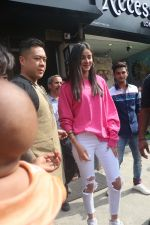 Ananya Pandey spotted at Bastian in bandra on 23rd June 2019 (3)_5d107237ede62.JPG