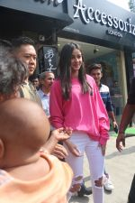 Ananya Pandey spotted at Bastian in bandra on 23rd June 2019 (4)_5d10723b0abe8.JPG