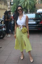 Kiara Advani meet the audiences during the screening of Kabir Singh in andheri on 23rd June 2019 (3)_5d1073b9bcd62.JPG