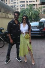 Shahid Kapoor, Kiara Advani meet the audiences during the screening of Kabir Singh in andheri on 23rd June 2019 (18)_5d1073c8eeab4.JPG