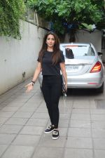 Krishika Lulla spotted juhu on 26th June 2019 (2)_5d15bb9b83c24.JPG
