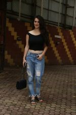 Shivleeka Oberoi spotted at bandra on 27th June 2019 (6)_5d15c9d32df01.jpg