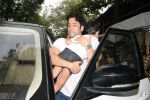 Tusshar Kapoor & son Lakshya spotted at Shani Mandir juhu on 30th June 2019 (1)_5d19b9782a8ea.JPG