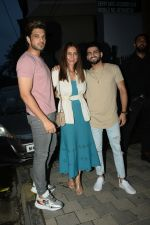 Anusha Dandekar, Karan Kundra at Yuvraj Singh_s retirement party in Estella juhu on 30th June 2019 (68)_5d19b9aa5aadf.JPG