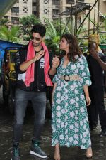 Parineeti Chopra, Sidharth Malhotra at the Trailer Launch Of Jabariya Jodi on 1st July 2019 (37)_5d1a3a6e9bdb6.JPG