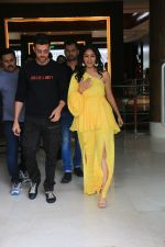 Hrithik Roshan, Mrunal Thakur during the promotions of film Super 30 at Sun n Sand juhu on 2nd July 2019 (2)_5d1b712fdc055.JPG