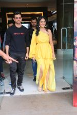 Hrithik Roshan, Mrunal Thakur during the promotions of film Super 30 at Sun n Sand juhu on 2nd July 2019 (4)_5d1b7132dc6bf.JPG