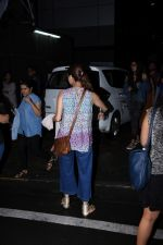 Dia Mirza spotted at Bandra on 1st July 2019 (11)_5d1b70f3d854a.JPG