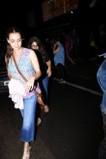 Dia Mirza spotted at Bandra on 1st July 2019 (20)_5d1b7101c101d.JPG