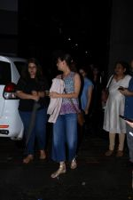 Dia Mirza spotted at Bandra on 1st July 2019 (4)_5d1b70e9e624c.JPG
