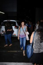 Dia Mirza spotted at Bandra on 1st July 2019 (8)_5d1b70ef91622.JPG