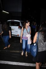 Dia Mirza spotted at Bandra on 1st July 2019 (9)_5d1b70f0ea86e.JPG