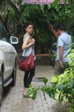 Aditi Rao Hydari spotted at bandra on 2nd July 2019 (9)_5d1c500cec7f8.JPG