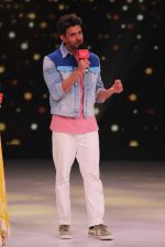 Hrithik Roshan on the sets of colors Dance Deewane in filmcity on 2nd July 2019 (13)_5d1c503d915b7.jpg